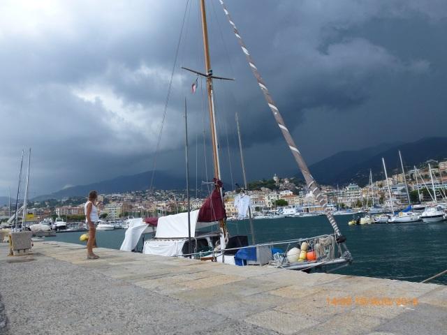 Donderwolken boven San Remo